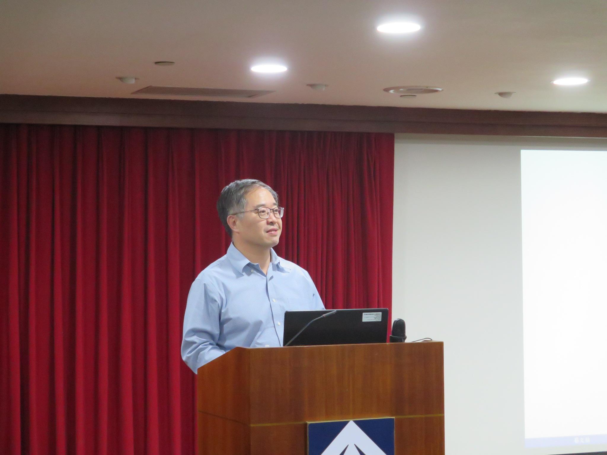 圖為108年5月23日李教授素華專題演講實況